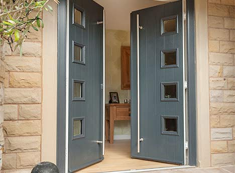 Composite doors are a great front door or back door choice as they combine insulation and design flexibility