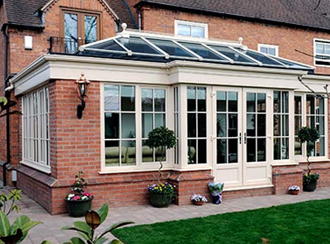 Your Orangery glass panels can also feature assorted traditional, diamond or Georgian leaded patterns across the whole surface or at the edges to create a lovely visual detail.